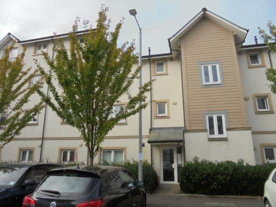 Chandlers Court, Stirling, FK8 1NR